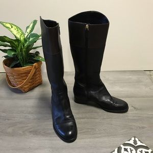 Ecco black riding boot with brown cuff